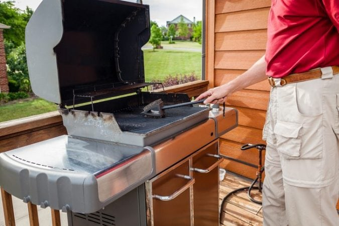 Wire Grill Brush Danger   A Grill Brush A Burger And Emergency Surgery Health News Hub