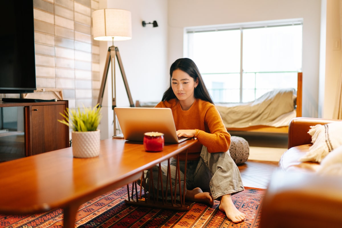 Going Back to Office With Work-From-Home Pain? A Physical Therapist's Tips